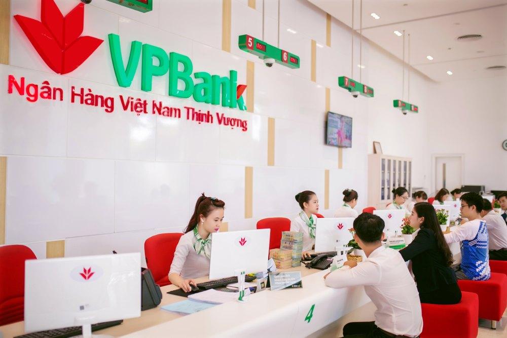 Giờ làm việc ngân hàng VPBANK từ thứ 2 đến thứ 7 năm 2021