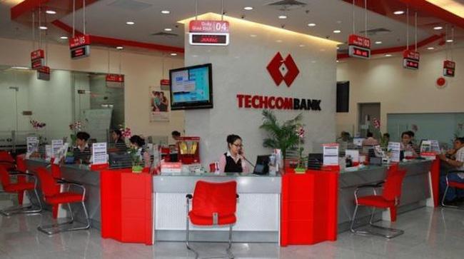 Giờ làm việc ngân hàng Techcombank 2021, thứ 7 có làm việc không ?