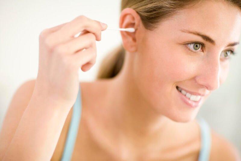 ngứa tai trái, tai phải ở nam, nữ là điềm gì ? xấu hay tốt ?